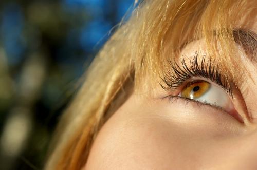 girl's eye closeup
